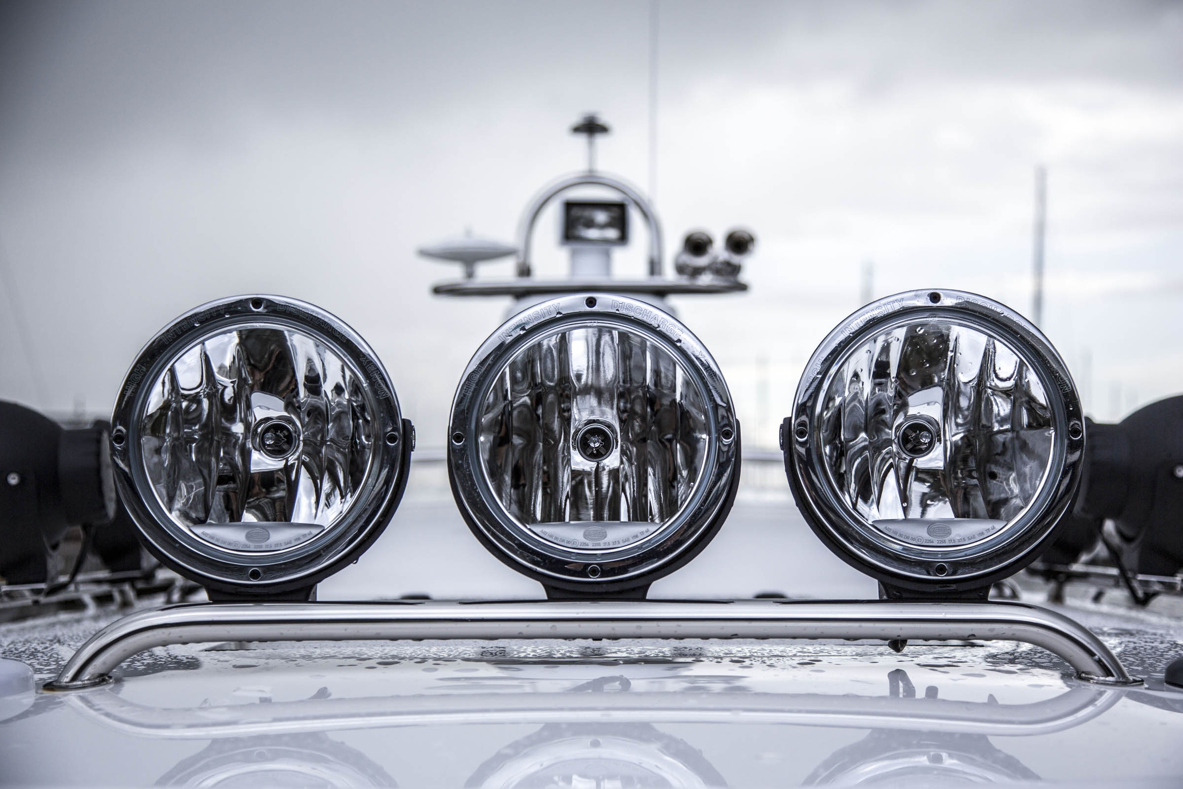 Lights on a Paragon Boat